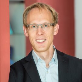 Portrait von Dr. Martin Pitzer