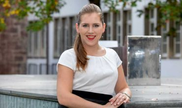 Portrait von Tineke Steiger