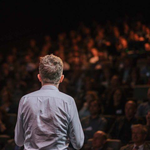 Wer vor Publikum spricht, muss mehr tun als nur reden