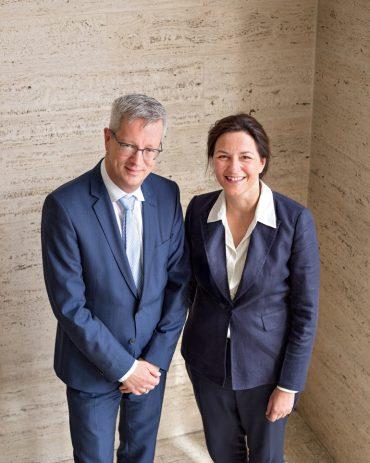 Günter M. Ziegler, Präsident der Freien Universität Berlin, und die Schauspielerin Martina Gedeck